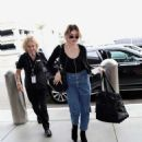 Frances Bean Cobain – Arrives at LAX International Airport in LA - 454 x 516