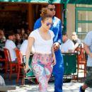 Jennifer Lopez in Leggings Out in New York City - 454 x 628