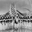 Chorus Girls - 454 x 356