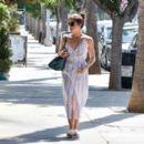 Selma Blair – Seen Out in Los Angeles - 454 x 392