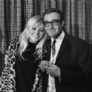 Britt Ekland and Peter Sellers - 400 x 300