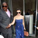 Alyssa Milano – Leaves her hotel in New York City - 454 x 384
