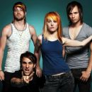 Hayley Williams and Josh Farro - 425 x 365