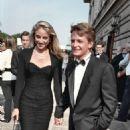 Michael J. Fox and Tracy Pollan - 454 x 685