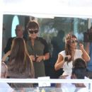 Kim Kardashian: a family lunch at her Miami hotel