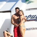 Joanna Krupa and Romain Zago - 454 x 681