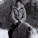 Ron Leibman - 295 x 384