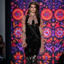 Kaia Gerber – Anna Sui Show Runway 2018 in NY - 454 x 681