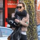 Hilary Duff stops by a gym for a workout in Studio City, California on January 24, 2017 - 432 x 600