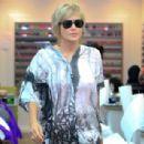 Sharon Stone At A Nail Salon In Los Angeles