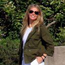 Gwyneth Paltrow – Arriving in the Amalfi Coast - 454 x 574