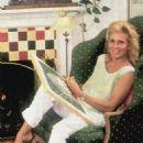 Joanna Cassidy - 454 x 678