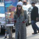 Jessica Biel – Shopping in Manhattan - 454 x 679