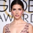 Anna Kendrick At The 72nd Golden Globe Awards (2015) - 395 x 594