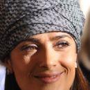 Salma Hayek-Stella Mccartney Springsummer 2011 Show In Paris 10-04-2010