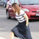 Jennifer Garner – Arrives to Sunday church service in Brentwood - 454 x 681
