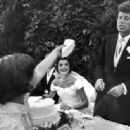 JFK and Jackie's Wedding, 1953 - 454 x 336