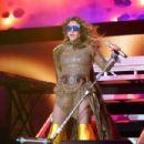 Paulina Rubio – Las que Mandan Latin Music Concert in Inglewood - 454 x 303