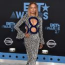 Kat Graham : 2017 BET Awards - 416 x 600