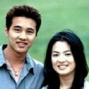 Bin Won and Hye-kyo Song