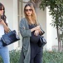 Jessica Alba – Shopping in West Hollywood