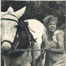Sally Field - Film Magazine Pictorial [Poland] (17 March 1985) - 454 x 480