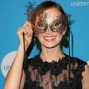Ahna O'Reilly – UNICEF Masquerade Ball 2018 in Los Angeles - 454 x 681