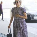Dianna Agron at Joan's On Third in Studio City - 454 x 725