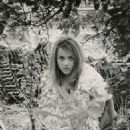 Jane Fonda - 454 x 667