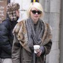 Taylor Momsen - Gossip Girl Set In New York City, 2010-02-26