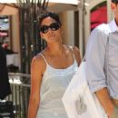 Halle Berry - Was Out Shopping With Friends - July 13, 2010