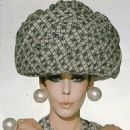 Peggy Moffitt - 454 x 555