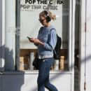 Jennifer Morrison out in Manhattan - 454 x 619