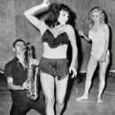 Joan Collins learns to strip from Candy Barr - 454 x 594