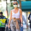 Gwyneth Paltrow – Wearing mask while out in New York