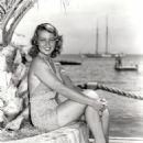 Joan Blondell - 454 x 595