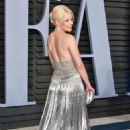 Elizabeth Banks – 2018 Vanity Fair Oscar Party in Hollywood - 454 x 681