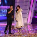 Anushka n Akki in Chak Dhoom dhoom