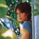 Jacqueline Bisset - 454 x 365