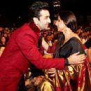 Ranbir Kapoor With Mom Neetu Singh at Colors Screen Awards 2012