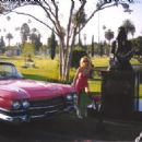 Johnny Ramone and Lindaramone - 454 x 324