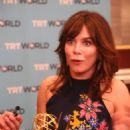 Anna Friel – 45th International Emmy Awards in New York City - 454 x 681