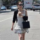 Emma Roberts – Out for lunch in Los Feliz