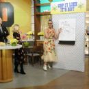 Kristen Bell – 'The Chew' guest appearance in New York - 454 x 311