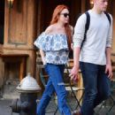 Lindsay Lohan in Jeans with friend out in New York City - 454 x 551
