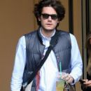 Twitter-Free John Mayer: Out In NYC