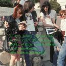 Johnny Ramone and joey ramone - 352 x 454