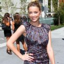 Amber Heard - Arriving At The Jill Stuart Spring 2011 Fashion Show In NY - 11.09.10