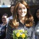 The Duchess Of Cambridge Visits The Family Nurse Partnership - 430 x 600