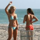"Brooke Hogan In Bikini On The Set Of The Reality Show ""Brooke Knows Best"" In Miami Beach, March 20 2008"